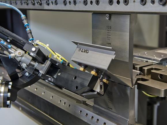 LVD Dyna-Cell Robotized Bending Cell