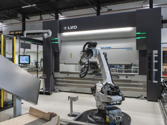 LVD Ulti-Form Features Automated Tool Changing Press Brake