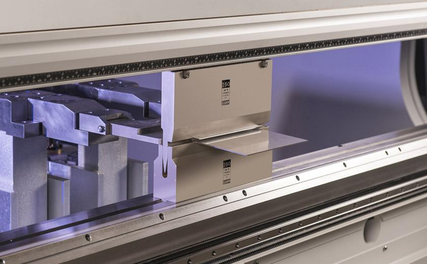 LVD precision press brake tooling
